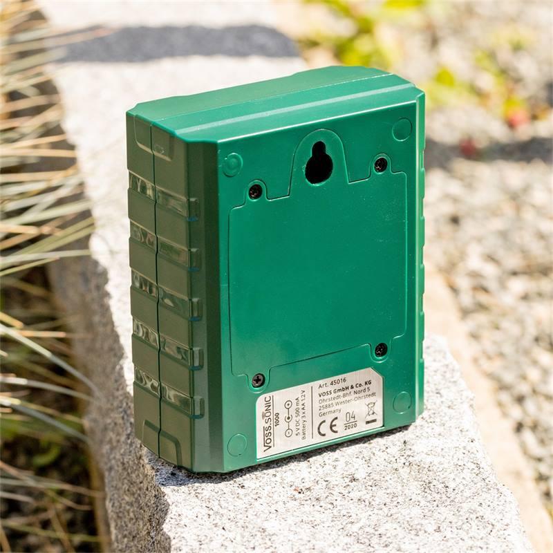 45016-10-voss-sonic-1000-ultrasoon-afweer-met-bewegingsmelder.jpg
