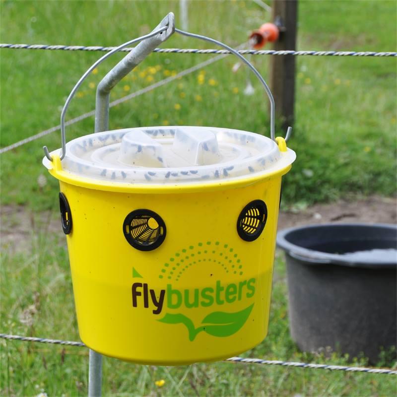 500138-flybusters-professional-set-emmer-en-lokmiddel-voor-vliegen-9.jpg
