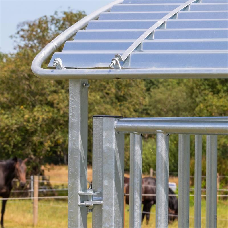 503903-7-kerbl-paarden-vierkante-ruif-hooiruif-ronde-balenruif-met-dak-en-voederrooster-in-hoogte-ve