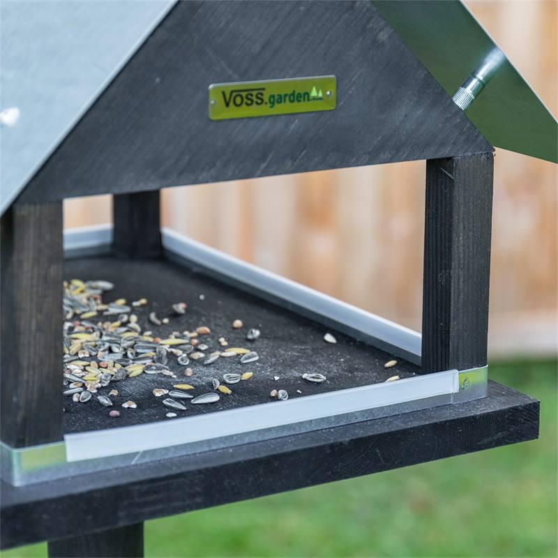 930127-6-voss-garden-vogelvoederhuis-paris-deens-design-met-opstelvoet.jpg