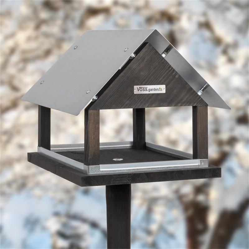 930127-7-voss-garden-vogelvoederhuis-paris-deens-design-met-opstelvoet.jpg