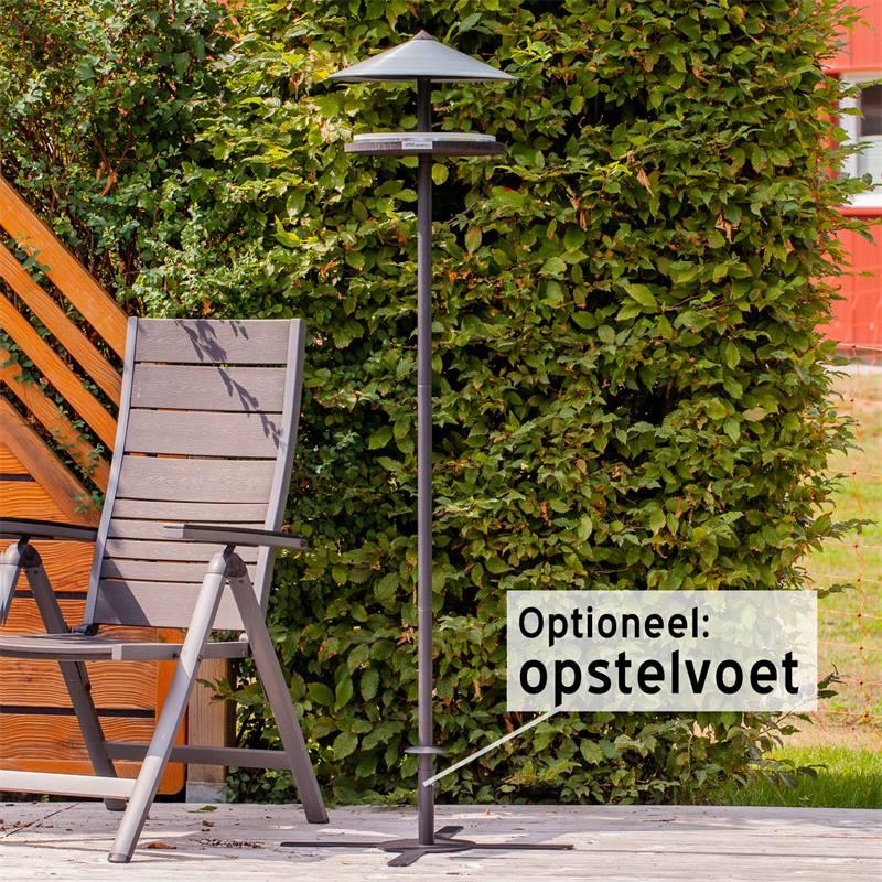 930133-voss-garden-vogelhuis-skagen-deens-design-met-opstelpaal-10.jpg