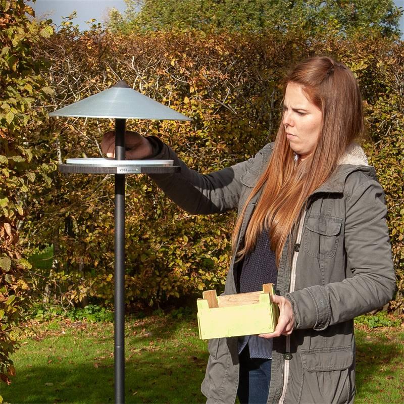 930133-voss-garden-vogelhuis-skagen-deens-design-met-opstelpaal-4.jpg