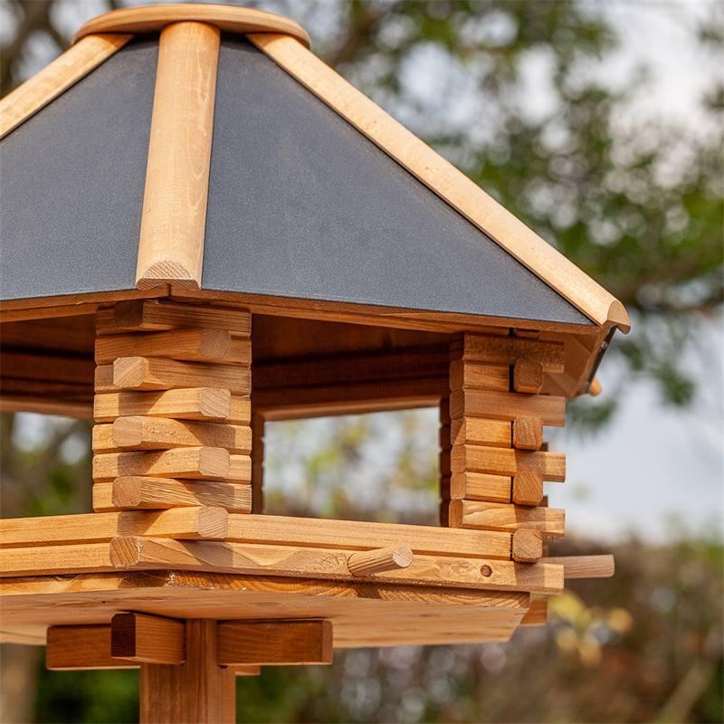 930301-voss.garden-groot-vogelhuis-tofta-met-metalen-dak-3.jpg