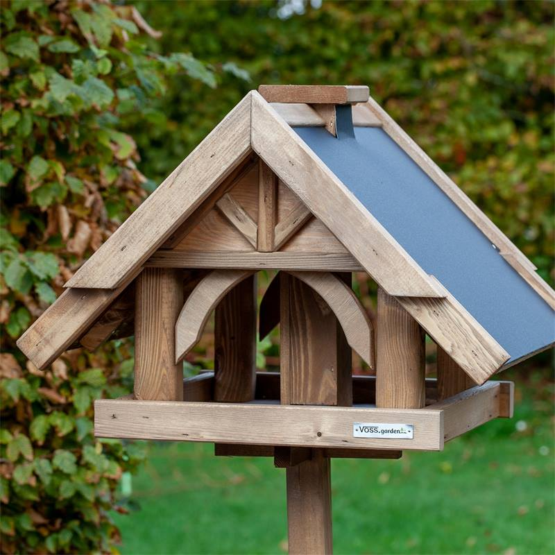 930311-voss-garden-vogelhuis-herte-uit-massieve-hout-met-voet-12.jpg