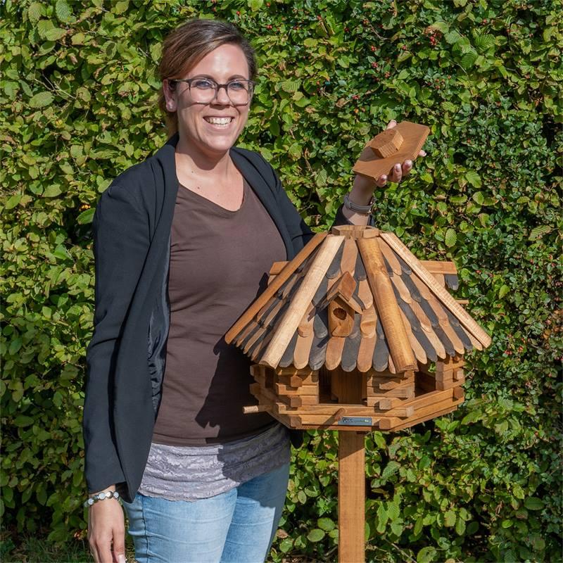 930321-Lillehus-vogelhuis-met-standaard-7.jpg
